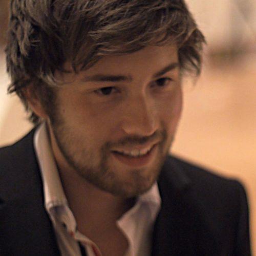 Felix von soulvideo beim Dreh eines Hochzeitsvideos in Salzburg